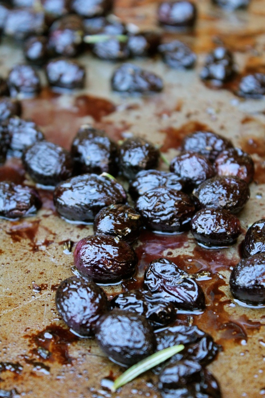 Roasted Grapes Recipe for Thanksgiving or Holiday Appetizers