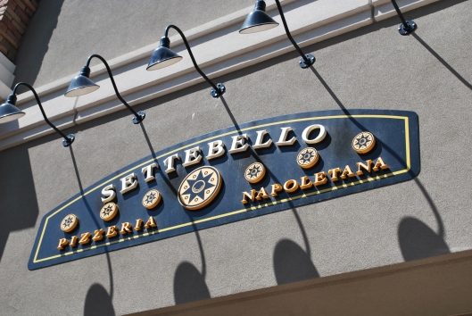 Settebello Vegas | via Tsiporah Blog