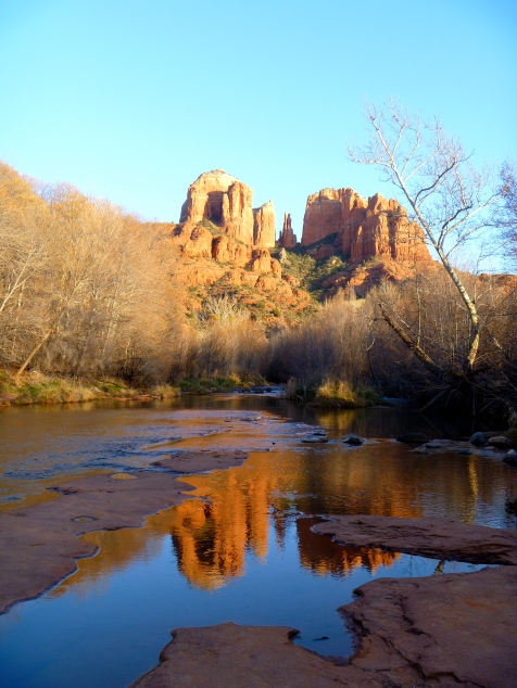 Hiking in Sedona - via Tsiporah Blog