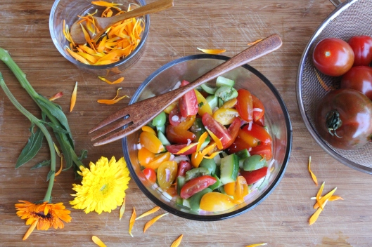 Farmers Market Tomato Salad via Tsiporah Blog